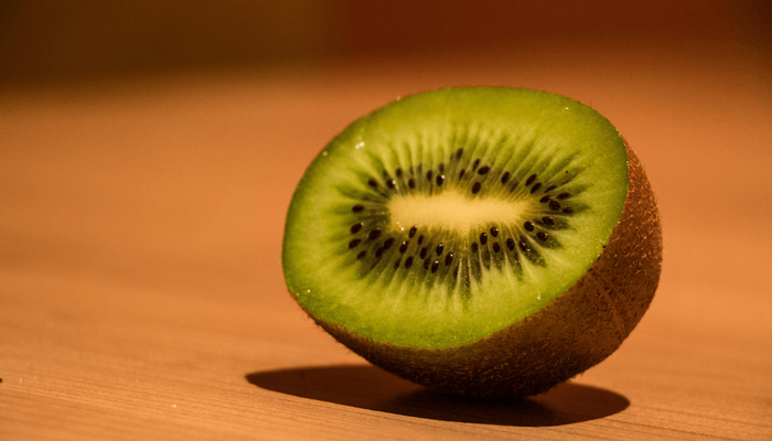 kiwi helps you poop